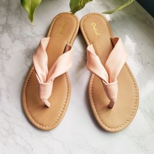 Shoes - Size 6 - Blush Leather Sandals